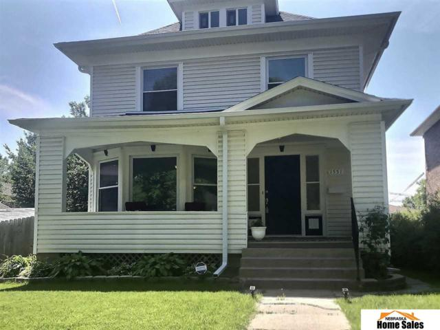 1551 S 21st Street, Lincoln, NE 68502 (MLS #21912526) :: Five Doors Network