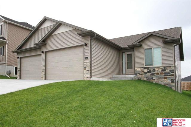 7801 Gerald Avenue, Lincoln, NE 68516 (MLS #21912832) :: Dodge County Realty Group