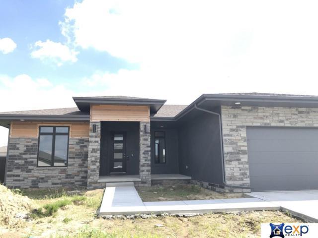 18765 N Sahler Street, Elkhorn, NE 68022 (MLS #21912942) :: Omaha Real Estate Group