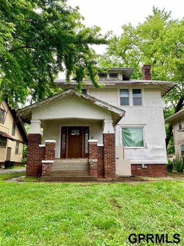 2868 Newport Avenue, Omaha, NE 68112 (MLS #21912947) :: Omaha Real Estate Group