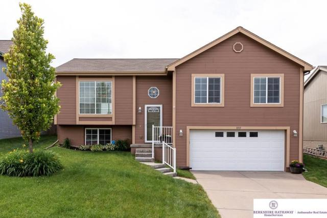 16931 Browne Street, Omaha, NE 68116 (MLS #21913041) :: Cindy Andrew Group