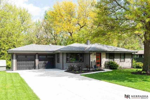 2805 S 102nd Street, Omaha, NE 68124 (MLS #21913107) :: The Briley Team