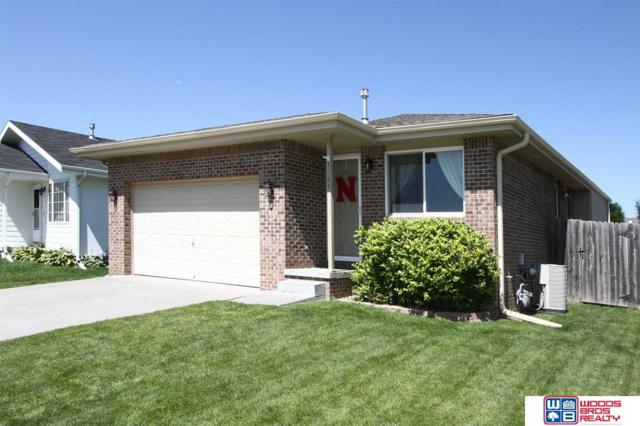 1741 SW 30th Street, Lincoln, NE 68522 (MLS #21913338) :: Dodge County Realty Group