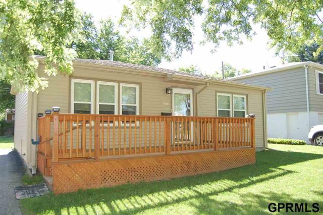 7303 S 41st Terrace, Bellevue, NE 68147 (MLS #21913420) :: Dodge County Realty Group
