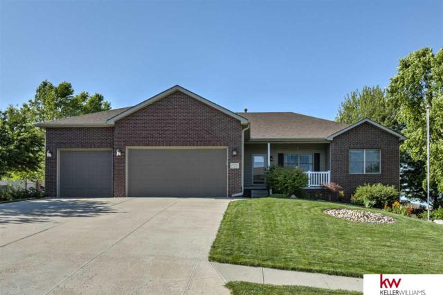 19732 I Street, Omaha, NE 68135 (MLS #21913853) :: Cindy Andrew Group