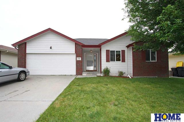 1741 SW 25th Street, Lincoln, NE 68522 (MLS #21913923) :: Nebraska Home Sales