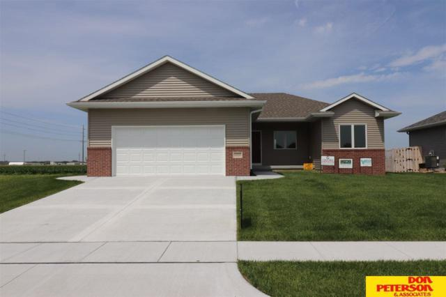 3203 N Armour Drive, Fremont, NE 68025 (MLS #21913963) :: Complete Real Estate Group