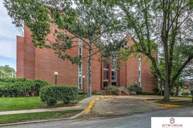 3702 Jackson Street #202, Omaha, NE 68105 (MLS #21914333) :: Nebraska Home Sales