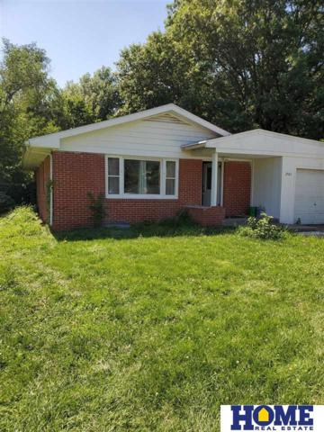 2501 S 10th Street, Lincoln, NE 68502 (MLS #21915171) :: Nebraska Home Sales