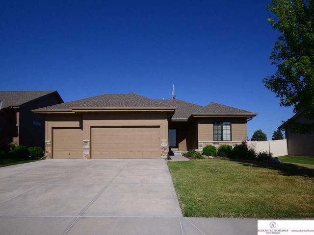 820 S 201 Street, Omaha, NE 68022 (MLS #21915425) :: Nebraska Home Sales