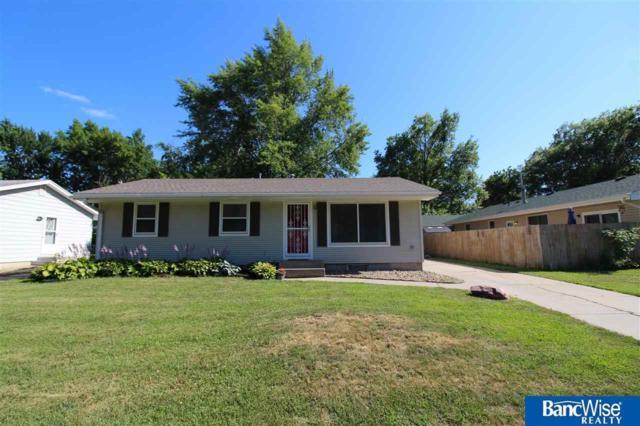 5211 Aylesworth Avenue, Lincoln, NE 68504 (MLS #21915448) :: Five Doors Network