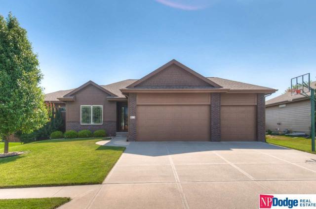 913 S 200 Street, Omaha, NE 68022 (MLS #21915463) :: Stuart & Associates Real Estate Group