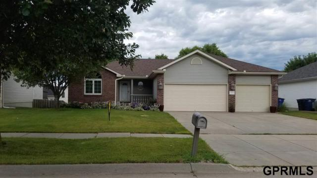 7711 Brummond Drive, Lincoln, NE 68516 (MLS #21915536) :: Nebraska Home Sales