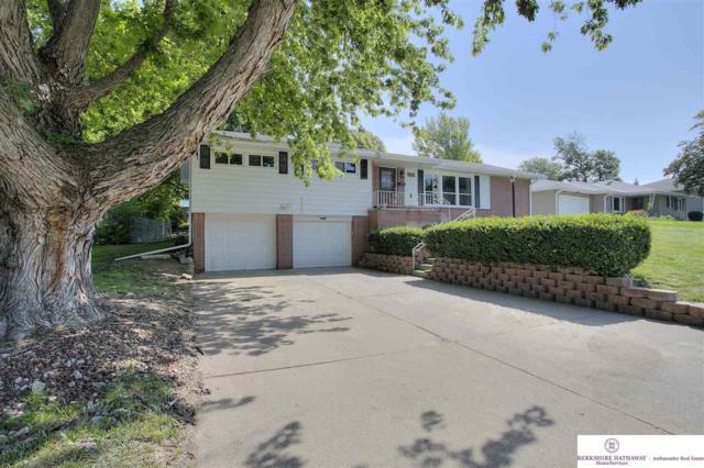 7618 Windsor Drive, Omaha, NE 68114 (MLS #21915694) :: Complete Real Estate Group