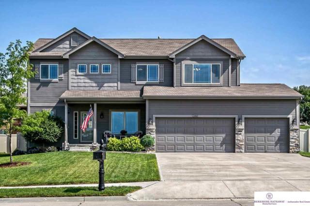 2202 Hummingbird Drive, Bellevue, NE 68123 (MLS #21915813) :: Cindy Andrew Group