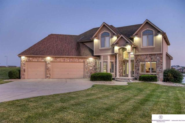 17825 Island Circle, Bennington, NE 68007 (MLS #21915934) :: Complete Real Estate Group