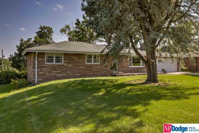 7115 N Country Club Road, Omaha, NE 68152 (MLS #21915956) :: Complete Real Estate Group