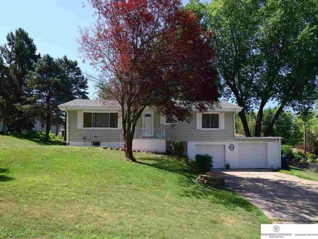 1301 Lorraine Avenue, Bellevue, NE 68005 (MLS #21916020) :: Omaha's Elite Real Estate Group