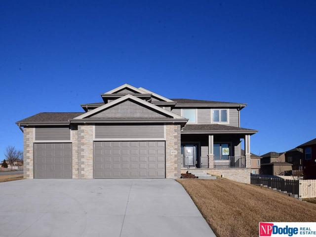 6836 Park Crest Drive, Papillion, NE 68133 (MLS #21916088) :: Omaha's Elite Real Estate Group