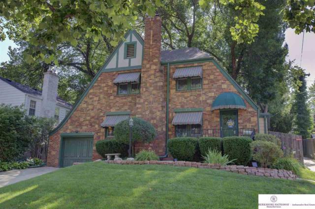 673 N 59 Street, Omaha, NE 68132 (MLS #21916688) :: Omaha's Elite Real Estate Group