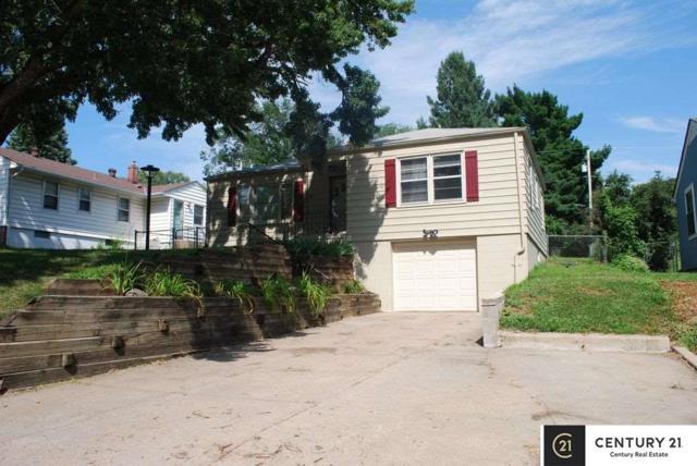 841 N 76 Street, Omaha, NE 68114 (MLS #21916849) :: Cindy Andrew Group