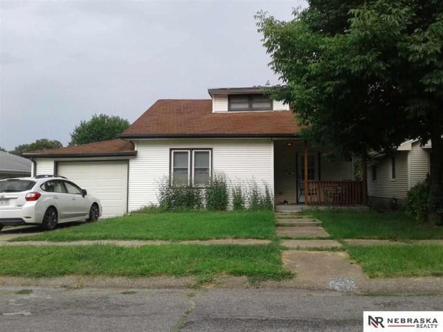 2527 S 41st Street, Omaha, NE 68105 (MLS #21916923) :: One80 Group/Berkshire Hathaway HomeServices Ambassador Real Estate