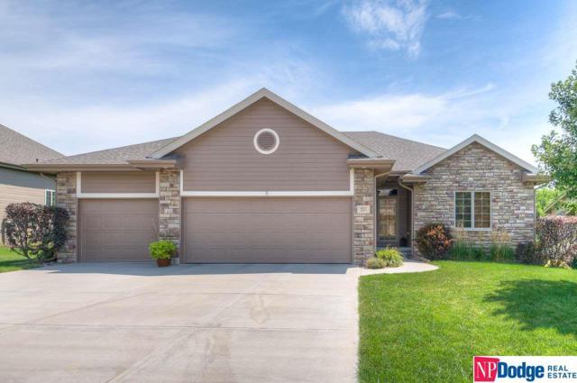 8527 S 103rd Street, La Vista, NE 68128 (MLS #21916971) :: Omaha's Elite Real Estate Group