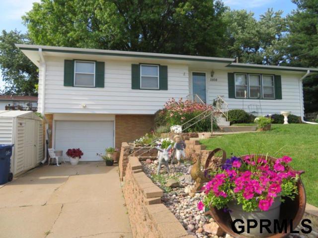 2808 Irene St Street, Bellevue, NE 68147 (MLS #21917068) :: Complete Real Estate Group