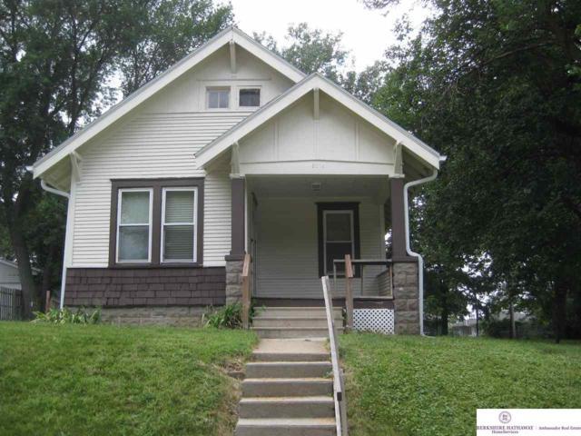 3014 S 43 Street, Omaha, NE 68105 (MLS #21918317) :: Lincoln Select Real Estate Group