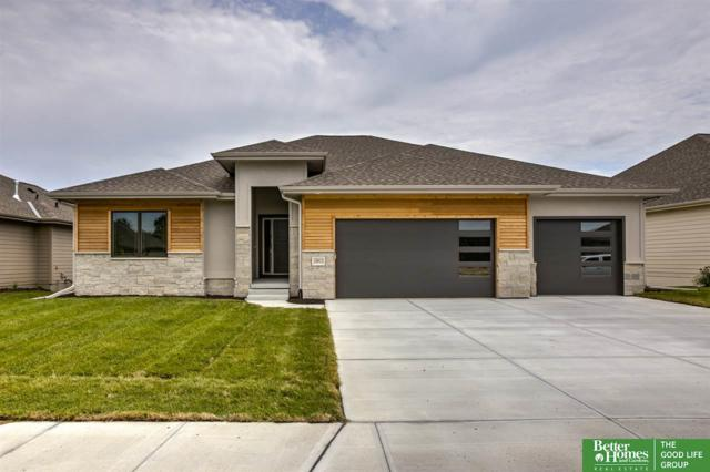 10913 S 175th Avenue, Omaha, NE 68136 (MLS #21918501) :: Complete Real Estate Group