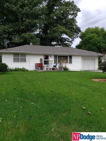 8216 N 28 Avenue, Omaha, NE 68112 (MLS #21921132) :: Stuart & Associates Real Estate Group