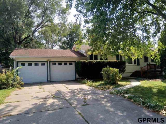 8315 Nicholas Street, Omaha, NE 68114 (MLS #21921154) :: Dodge County Realty Group