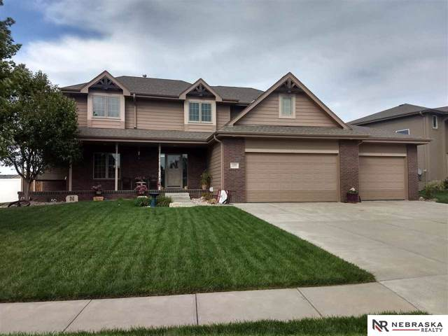 20806 Ames Avenue, Omaha, NE 68022 (MLS #21921178) :: One80 Group/Berkshire Hathaway HomeServices Ambassador Real Estate