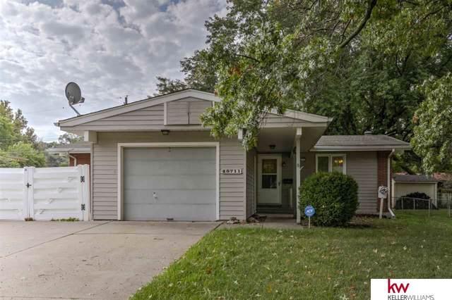 8711 Grand Avenue, Omaha, NE 68134 (MLS #21921308) :: Five Doors Network