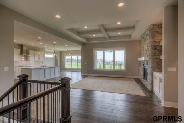 7919 N 131 Circle, Omaha, NE 68142 (MLS #21921330) :: Nebraska Home Sales