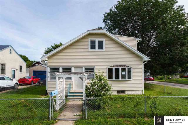 1902 Avenue A Avenue, Council Bluffs, IA 51501 (MLS #21921350) :: Dodge County Realty Group