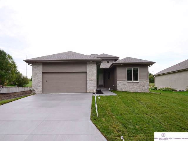 21111 Arbor Court, Omaha, NE 68022 (MLS #21921370) :: Omaha Real Estate Group