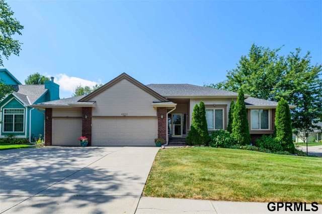 4952 S 170th Street, Omaha, NE 68135 (MLS #21921385) :: Capital City Realty Group