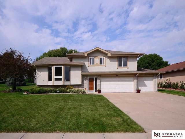 8010 S 67 Street Circle, La Vista, NE 68128 (MLS #21921386) :: Five Doors Network