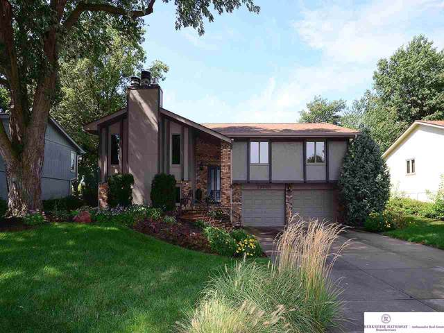 13056 S 38 Street, Bellevue, NE 68123 (MLS #21921389) :: One80 Group/Berkshire Hathaway HomeServices Ambassador Real Estate