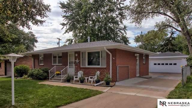 4401 N Park Boulevard, Lincoln, NE 68521 (MLS #21921433) :: Dodge County Realty Group