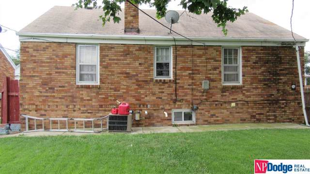 1454 Phelps Street, Omaha, NE 68107 (MLS #21921435) :: Omaha's Elite Real Estate Group