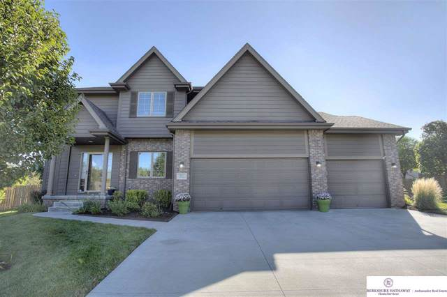 5625 S 169 Street, Omaha, NE 68135 (MLS #21921505) :: One80 Group/Berkshire Hathaway HomeServices Ambassador Real Estate