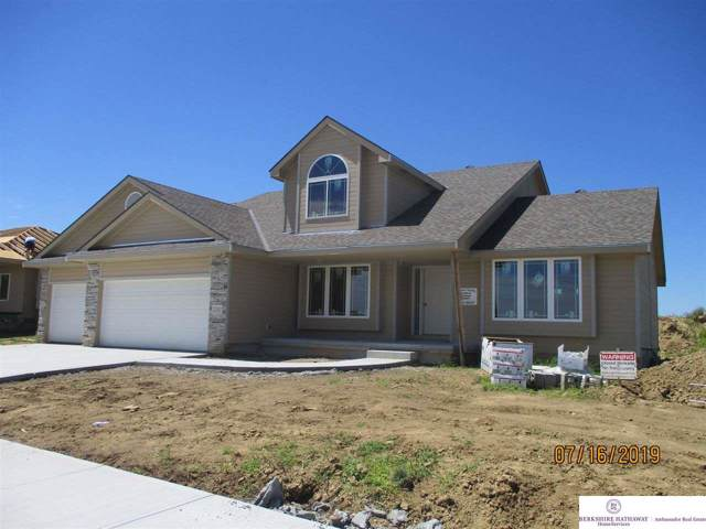 12012 S 44th Street, Bellevue, NE 68123 (MLS #21921538) :: The Briley Team
