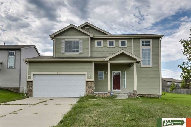 13704 S 14th Street, Bellevue, NE 68123 (MLS #21921544) :: One80 Group/Berkshire Hathaway HomeServices Ambassador Real Estate