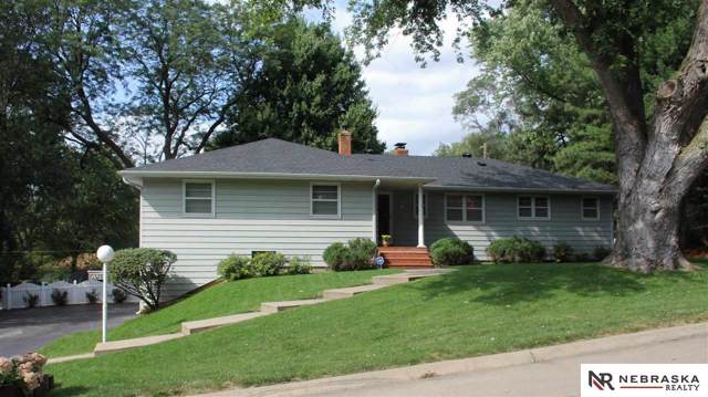 10328 Brookside Lane, Omaha, NE 68124 (MLS #21921574) :: Complete Real Estate Group