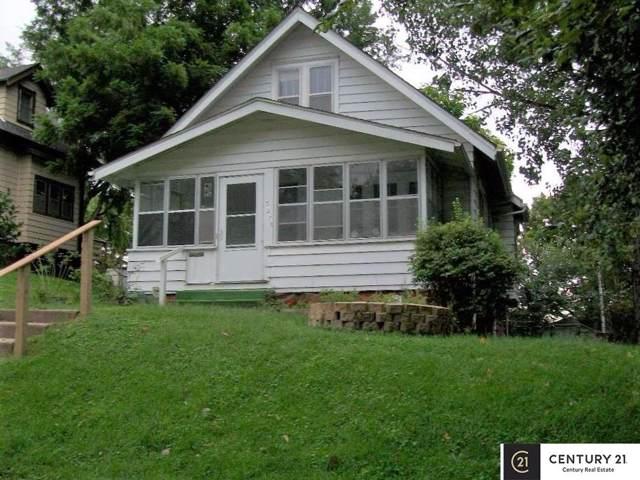 3275 Hascall Street, Omaha, NE 68105 (MLS #21921578) :: One80 Group/Berkshire Hathaway HomeServices Ambassador Real Estate