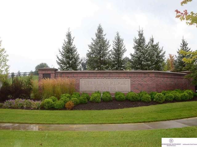 1511 S 127 Street, Omaha, NE 68144 (MLS #21921589) :: One80 Group/Berkshire Hathaway HomeServices Ambassador Real Estate