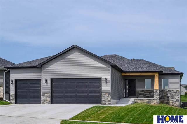 3249 N 92nd Street, Lincoln, NE 68507 (MLS #21921600) :: Omaha's Elite Real Estate Group
