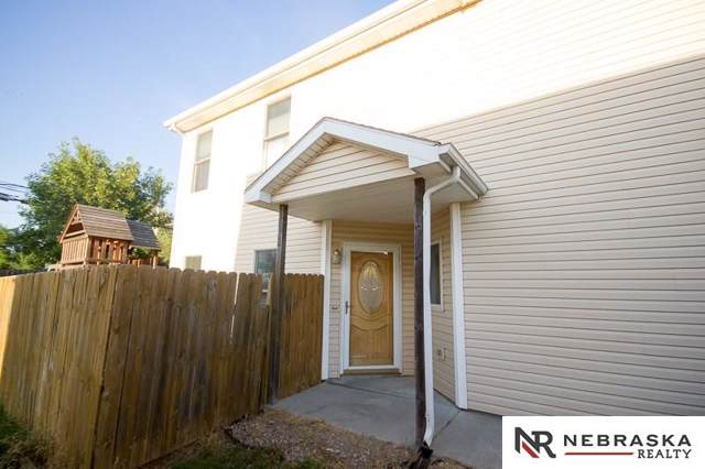 910 W Washington Place, Lincoln, NE 68522 (MLS #21921649) :: Complete Real Estate Group